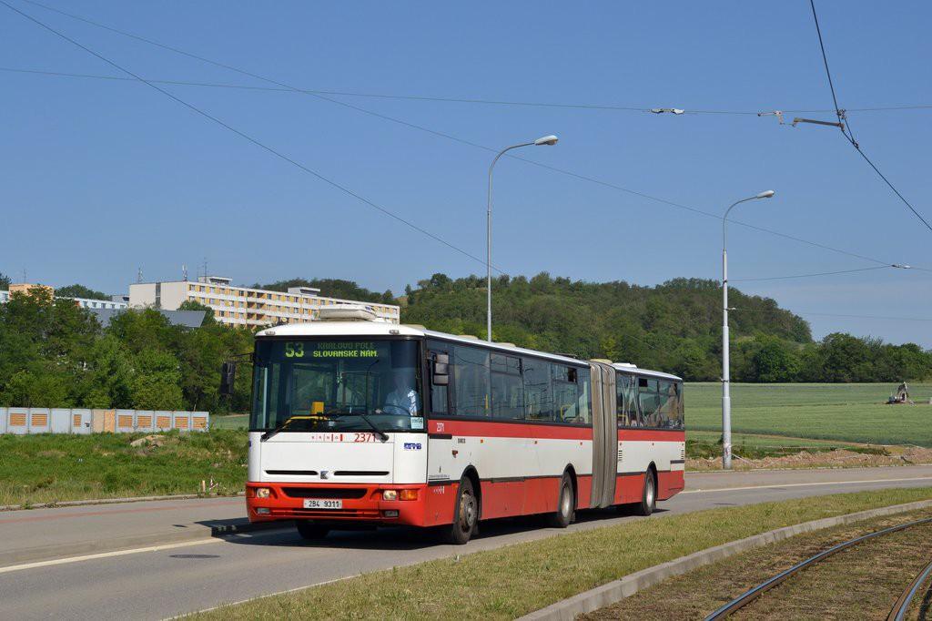 Fotogalerie » Karosa B961E.1970 2B4 9311 2371 | Brno | Královo Pole | Purkyňova