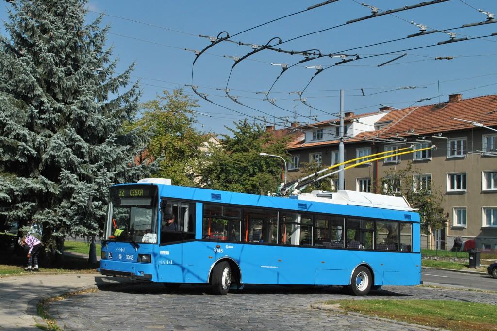 Fotogalerie » Škoda 21Tr 3045 | Brno | Královo Pole | Srbská | Srbská