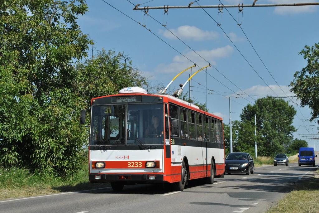 Fotogalerie » Škoda 14Tr10/6 3233 | Brno | Slatina | Šlapanická