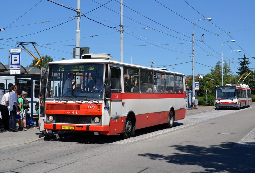 Fotogalerie » Karosa B732.1654.3 BSC 38-66 7378   Škoda 22Tr 3606   Brno   Židenice   Stará Osada