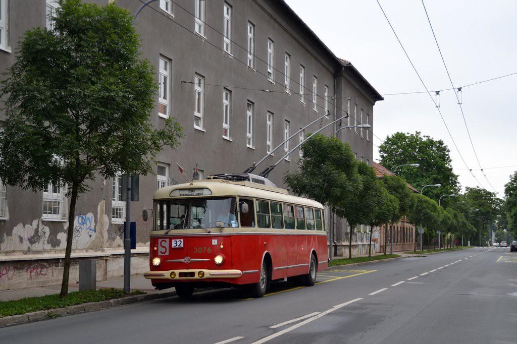 Fotogalerie » Škoda 9Tr17 3076 | Brno | Královo Pole | Chodská | Šelepova