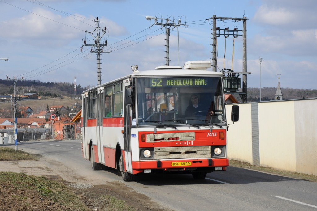 Fotogalerie » Karosa B731.1669 BSC 69-01 7413 | Brno | Žebětín | Dlážděná