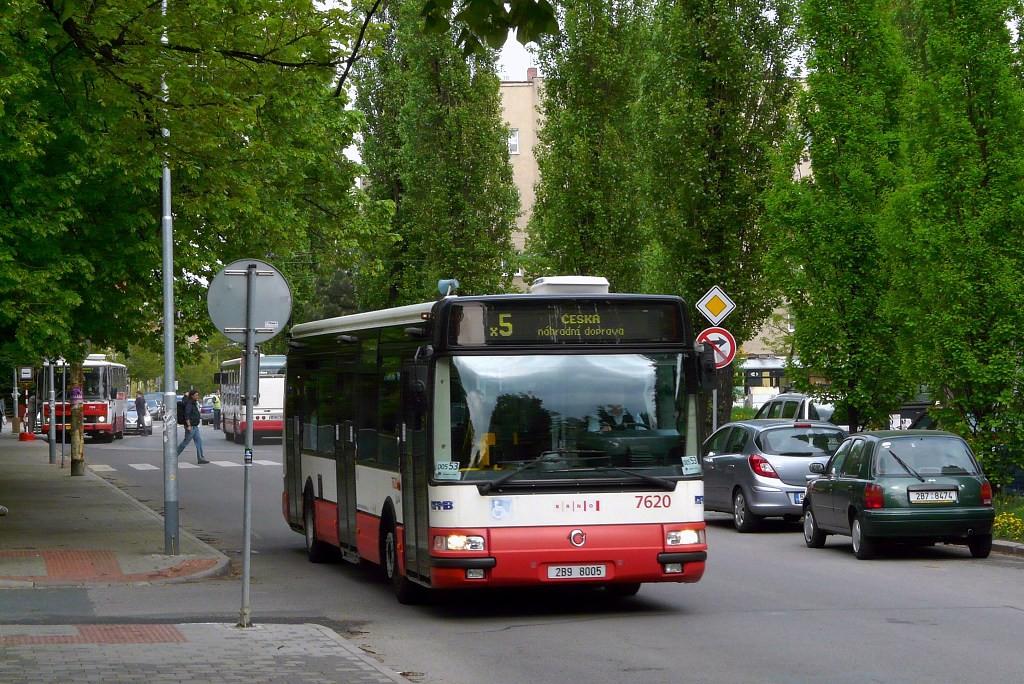 Fotogalerie » Irisbus Citybus 12M 2071.40 2B9 8005 7620   Brno   Černá Pole   Zemědělská