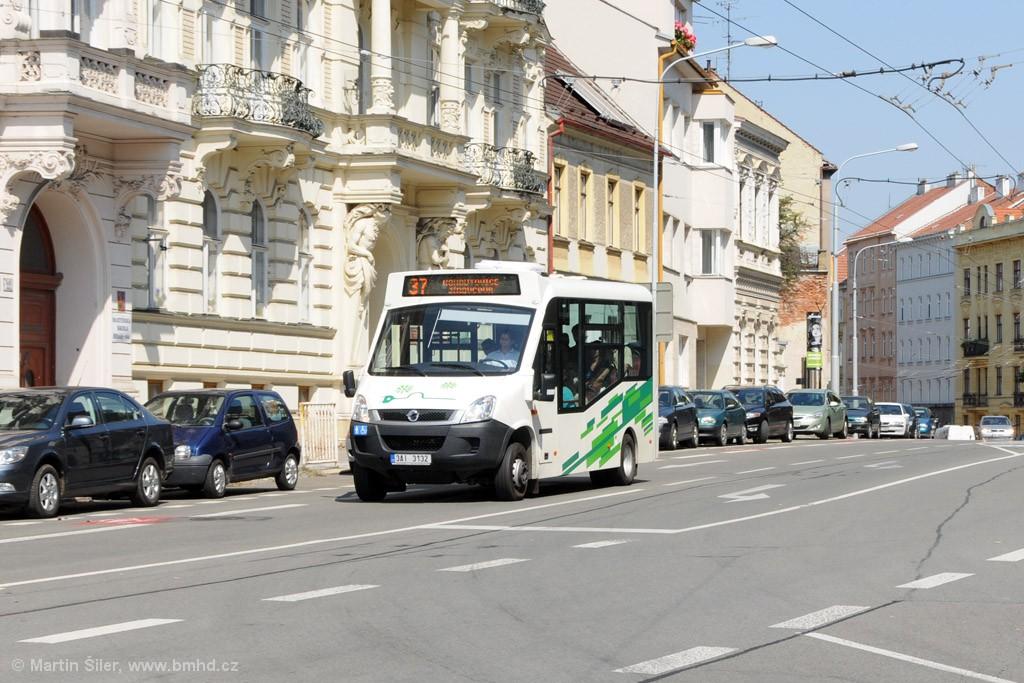 Fotogalerie » Iveco Stratos E 30 3AI 3132 | Brno | Staré Brno | Hlinky
