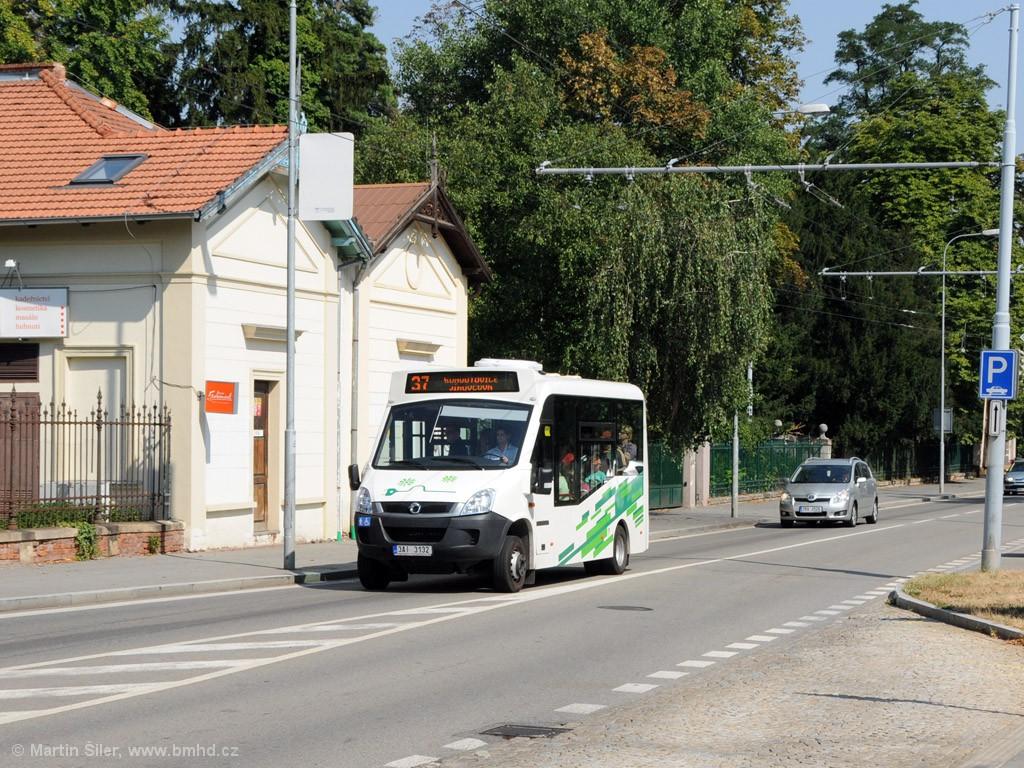 Fotogalerie » Iveco Stratos E 30 3AI 3132 | Brno | Pisárky | Hlinky