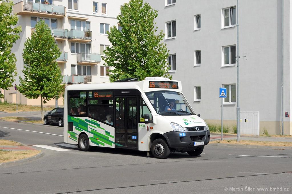 Fotogalerie » Iveco Stratos E 30 3AI 3132 | Brno | Medlánky | Nadační