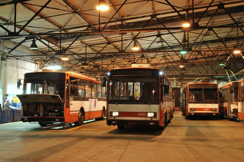 Fotogalerie » Škoda 14TrR 3257 | Škoda 15TrM 3508 | Škoda 14Tr14 3260 | Brno | Husovice | Svitavská | Vozovna Husovice