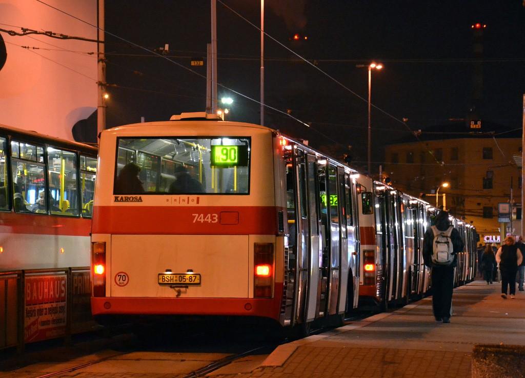Fotogalerie » Karosa B931.1675 BSE 73-06 7443 | Brno | střed | Nádražní | Hlavní nádraží