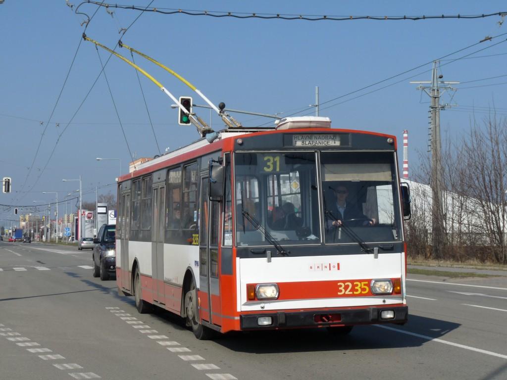 Fotogalerie » Škoda 14Tr10/6 3235 | Brno | Slatina | Řípská