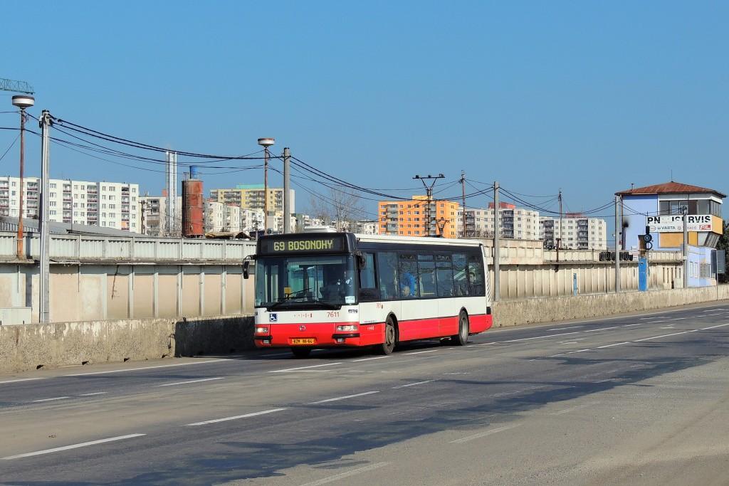 Fotogalerie » Irisbus Citybus 12M 2071.30 BZM 86-64 7611 | Brno | Bosonohy | Jihlavská