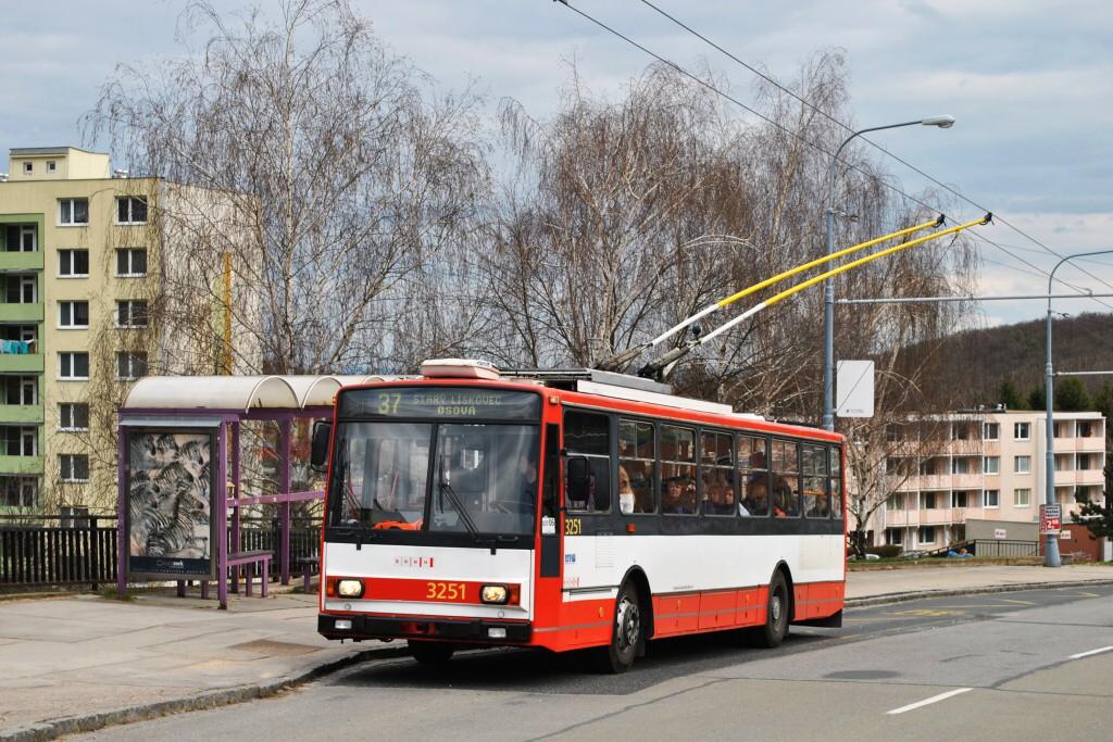 Fotogalerie » Škoda 14TrR 3251 | Brno | Kohoutovice | Libušina třída | Stamicova