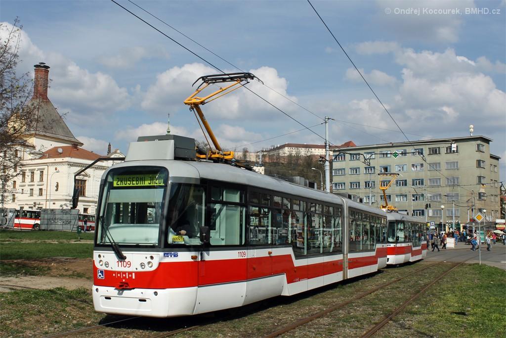 Fotogalerie » Pragoimex VarioLF2R.E 1109 | Pragoimex VarioLFR.E 1539 | Brno | Staré Brno | Veletržní