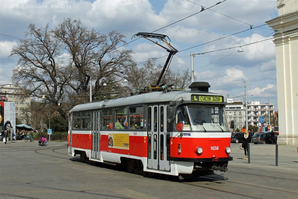 Fotogalerie » Pragoimex T3R.PV 1658   Brno   střed   Moravské náměstí