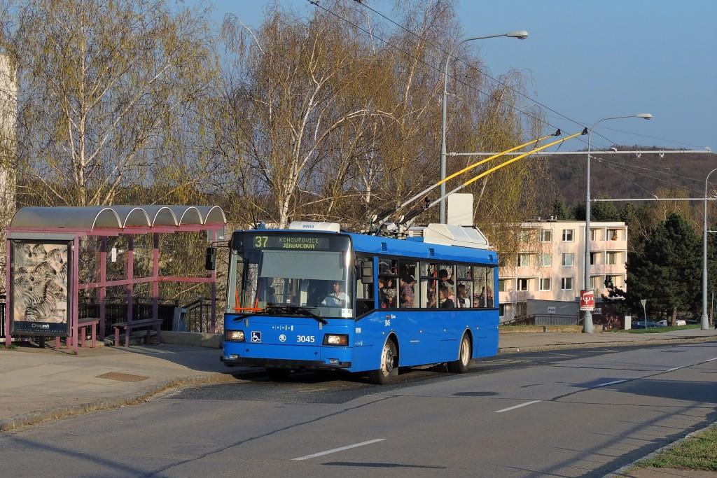 Fotogalerie » Škoda 21Tr 3045 | Brno | Kohoutovice | Libušina třída